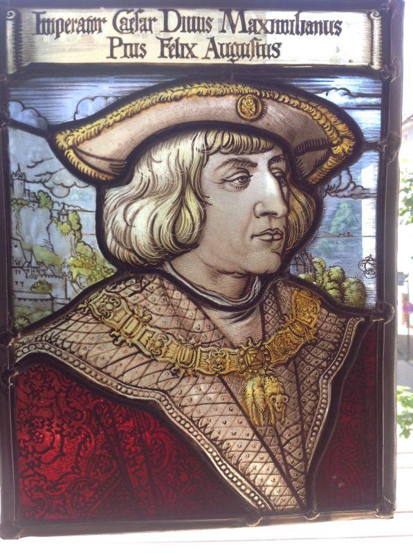 Porträt Kaiser Maximillian I., Imperator Caesar Divus Maximilianus, bleiverglast