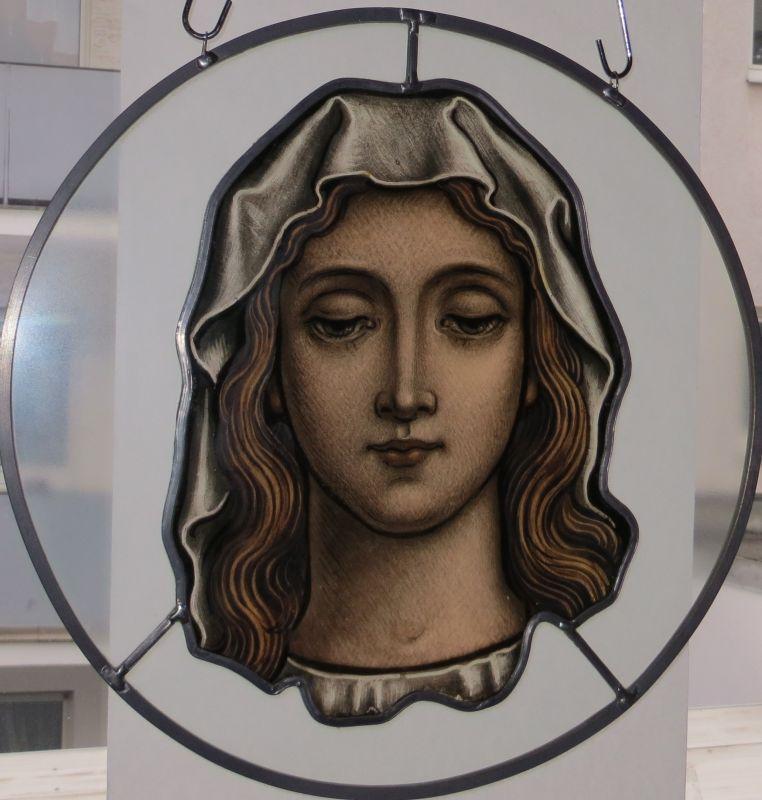 Frauenbildnis, Glasmalerei um 1840 2