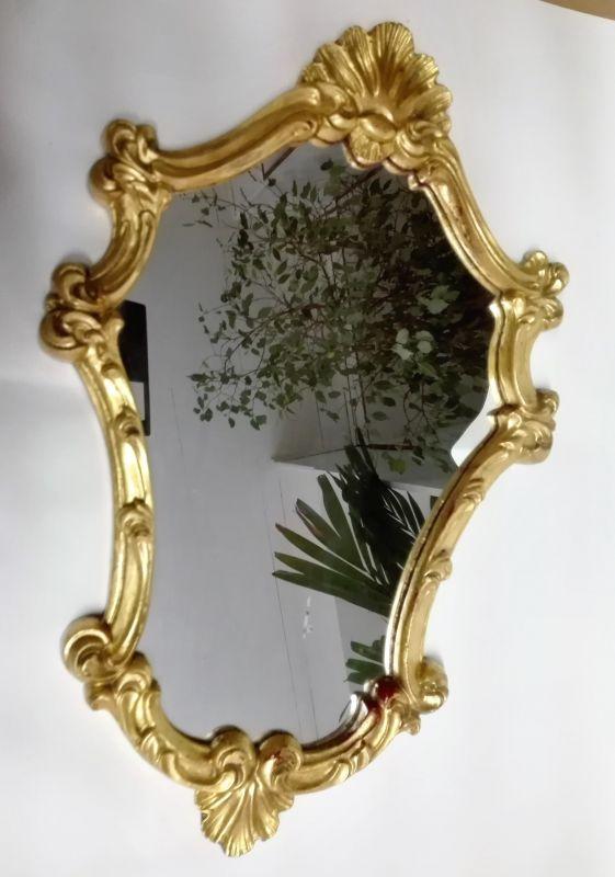 sehr schöner kleiner Spiegel Holzrahmen vergoldet