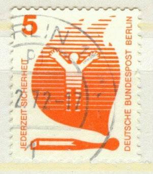 Berlin Mi 402 gest K1-1723