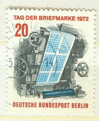 Berlin Mi 439 gest K1-1746