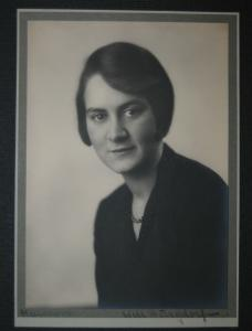 Burgdorf - Porträt einer jungen Dame - Hannover 1935 - Signiert