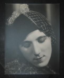Burgdorf - Porträt einer elegenten Dame - Photographie - 1930