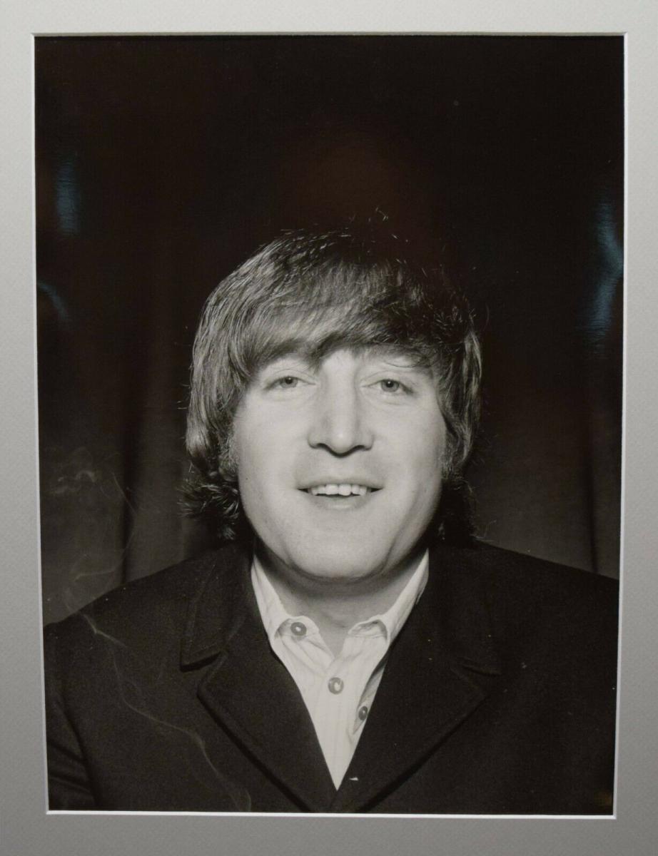 BEATLES - JOHN LENNON - ORIGINAL-VINTAGE-PORTRAITPHOTOGRAPHIE - LONDON 1965 0