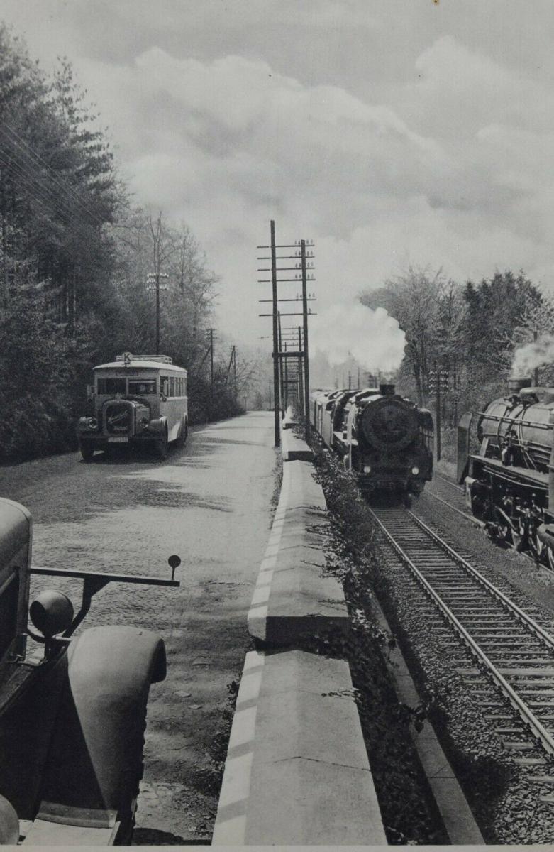 EISENBAHN - 125 JAHRE HENSCHEL - 1935 1