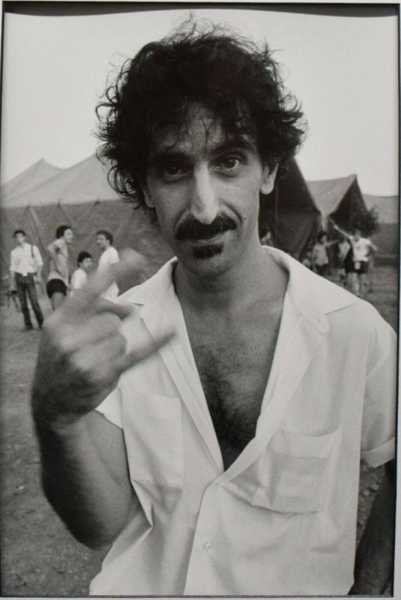 FRANK ZAPPA - ORIGINAL-VINTAGE-POTRÄTPHOTOGRAPHIE - MAILAND 1982 - POP-KULTUR 0