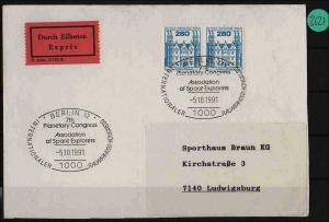 Berlin waagerechtes Paar Brief  echt gelaufen mit Sonderst. MiNr. 676 Eilboten
