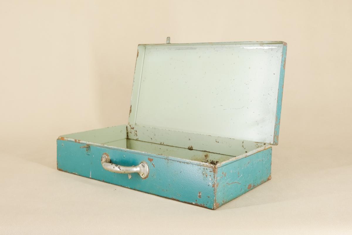 Industrieller Leipzig Koffer aus Metall von VEB GRW Teltow, 1950er  3