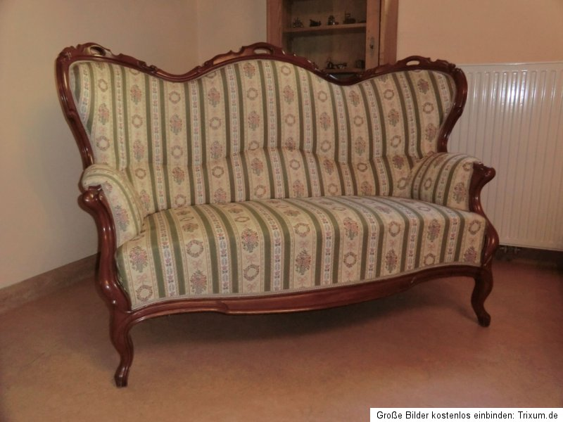 Originalstück Spätbiedermeier Sofa Diwan Couch Liege Fledermaussofa Nr.4165