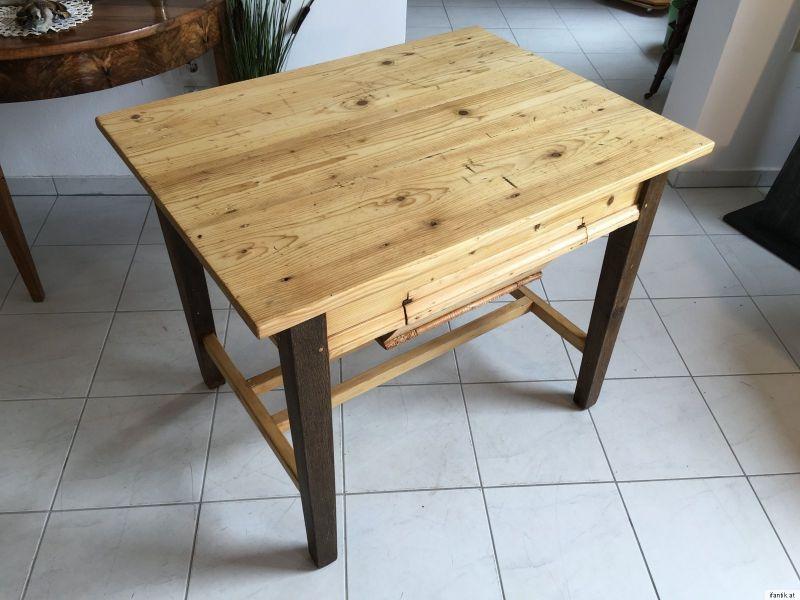 Uriger alter Bauerntisch Beistelltisch Küchentisch Tisch alt ...