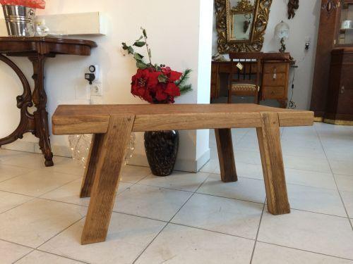 W1336 alter uriger Bauerntisch Beistelltisch Tisch Altholz Couchtisch Hacktisch