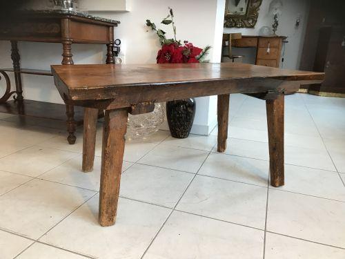 W1357 uriger Bauerntisch Beistelltisch Tisch Altholz Couchtisch Hacktisch