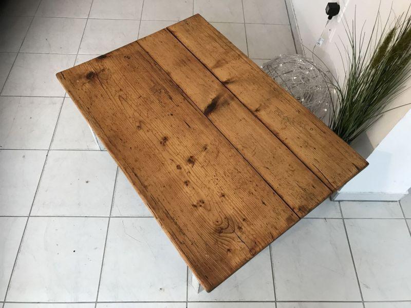 Uriger Bauerntisch Beistelltisch Tisch Altholz Couchtisch W2031 1