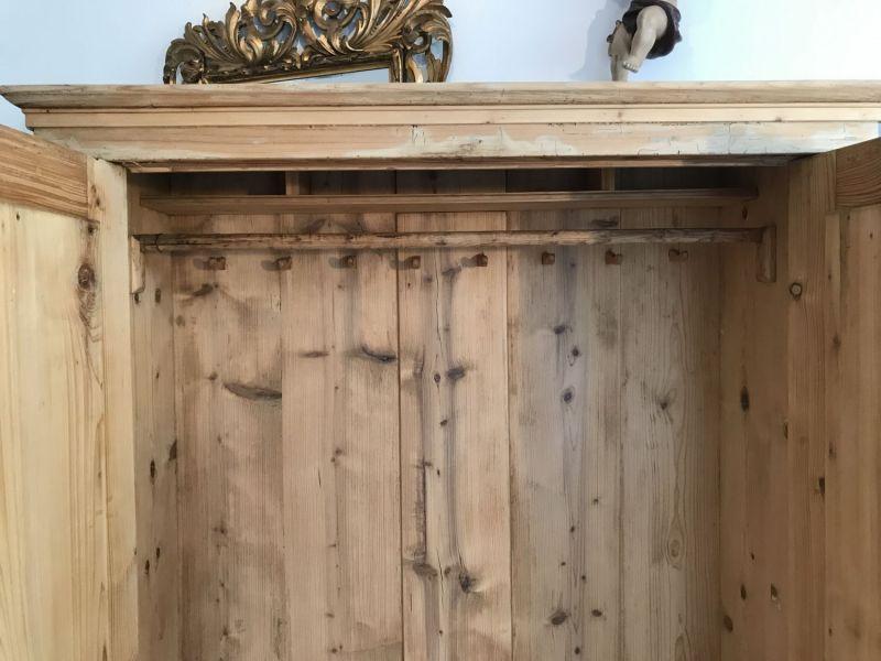 alter uriger biedermeier bauernschrank naturholzschrank w2094 nr 401381824130 oldthing. Black Bedroom Furniture Sets. Home Design Ideas