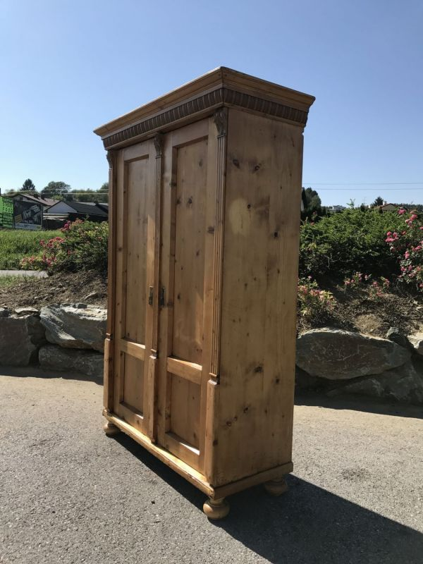 uriger alter bauernschrank naturholzschrank gr nderzeit w2233 nr 372070036656 oldthing. Black Bedroom Furniture Sets. Home Design Ideas