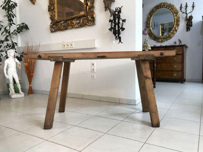 Uriger Hacktisch Designer Tisch Bauerntisch Hüttentisch W3260