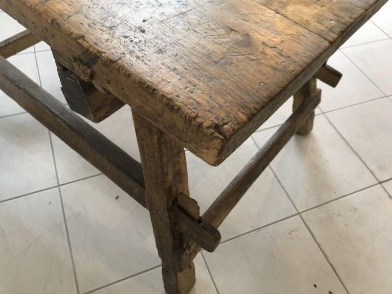 Uriger Tiroler Schragltisch aus der Zeit um 1760 Rhöntisch Traum Nussholz W3184 1