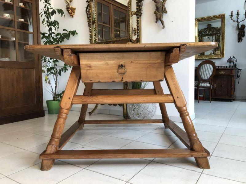 Uriger Jogltisch Bauerntisch Tafeltisch Tisch Bauerntisch 120 x 126 X1758