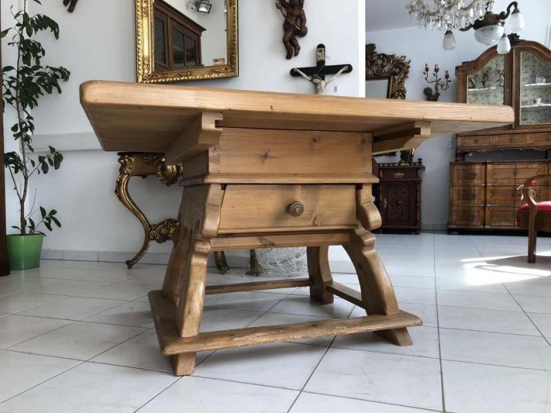 jogltisch suche auf oldthing. Black Bedroom Furniture Sets. Home Design Ideas