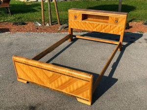 Hübsches Englisches Doppelbett Bett Schlafzimmer X2359