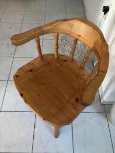 Uriger Bauernsessel Stuhl Sessel Armlehnstuhl Z1089