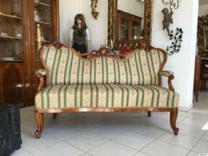 Gründerzeit Sofa Diwan Couch Liege Fledermaussofa A1381