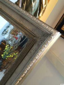 Silberner Wandpsiegel Dekospiegel Holzgerahmt Silberrahmen 9100
