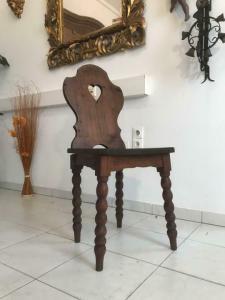 Uirger alter  Bauernsessel Sessel Stuhl Herzerlsessel W3315