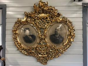 Riesiger Barockrahmen Florentiner Rahmen vergoldet 162 x 160 Z1199