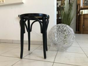 Hübscher Hocker Stuhl Barhocker Rattangelfecht Z1748