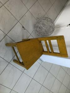 Bunter alter Kindersessel Bauernsessel Sessel Stuhl Z2066