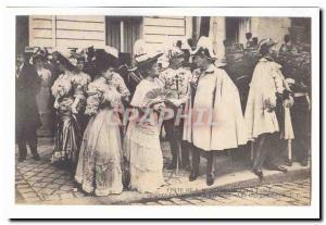 Visite de S M Alphonse XIII a Paris Ansichtskarte AK devant l'ambassade d'Espagne Les diplomates