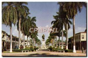 Panama - Colon - Palm lined broadway and imposing statue of Christopher Colombus - Ansichtskarte AK
