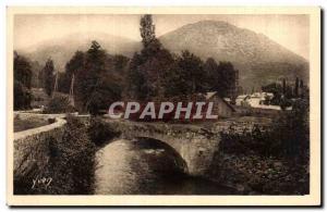 Ansichtskarte AK Les Pyrenees Argeles Gazost (Htes Pyrenees) Le Vieux Pont