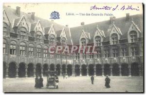 Ansichtskarte AK Liege Une Des Cours Du Palais Marchand de glaces