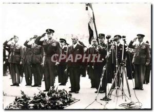 Moderne Karte Liberation De Paris Le general Eisenhower a la tombe du solda tinconnu Paris Arc de Triomphe Mil