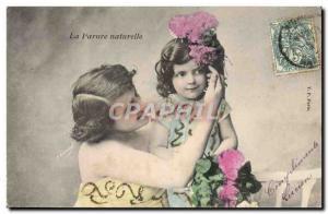 Ansichtskarte AK Fantaisie Femme Enfant La parure naturelle