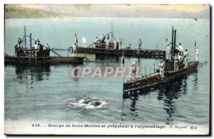 Ansichtskarte AK Bateau Groupe de Sous marins se preparant a l'appareillage