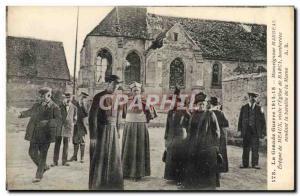 Ansichtskarte AK Militaria Monseigneur Marbeau Eveque de Meaux visite l'eglise de Barcy Bataille de la Marne