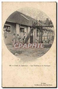 Ansichtskarte AK Ecole de Saint Cyr Les fenetres et le portique Militaria