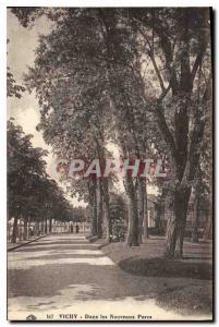 Ansichtskarte AK Vichy Dans les Nouveaux Parcs