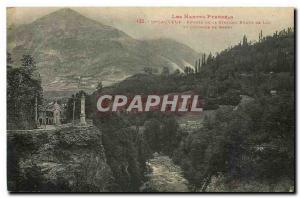 Ansichtskarte AK Les Hautes Pyrenees St Sauveur entree de la station Route de Luz et Colonne de Beery