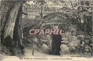 Ansichtskarte AK Foret de Fontainebleau la fontaine du Mont Chauvet