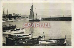 Moderne Karte Antibes Le port Le Fort carree et les Alpes Bateaux