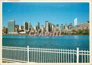 Moderne Karte New york city the east river and midtown skyline as seen from queens