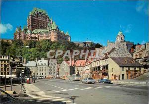 Moderne Karte Quebec Le Chateau Frontenac dominant la vieille basse ville et quelques maisons datant du XVII e