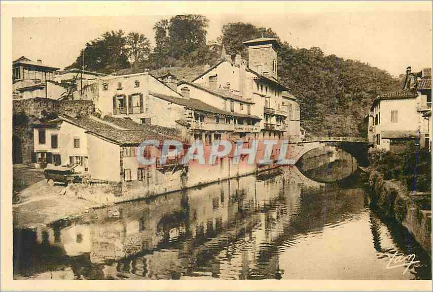 Ansichtskarte AK Saint Jean Pied de Port Vieilles maisons au bord de la Nive 0