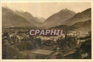 Ansichtskarte AK Les Pyrenees Argules Gazost (Htes Pyrenees)Station Thermale sur la vallee d'Argeles Au fond  sou