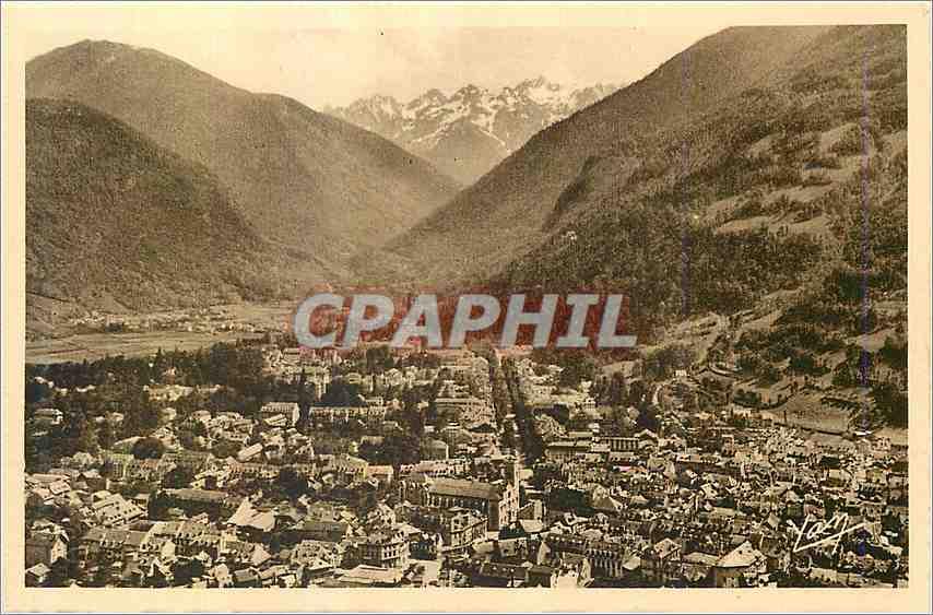 Ansichtskarte AK Luchon Reine de Les Pyrenees Station thermale tes frequentee centre d'excursions  vue generale e 0