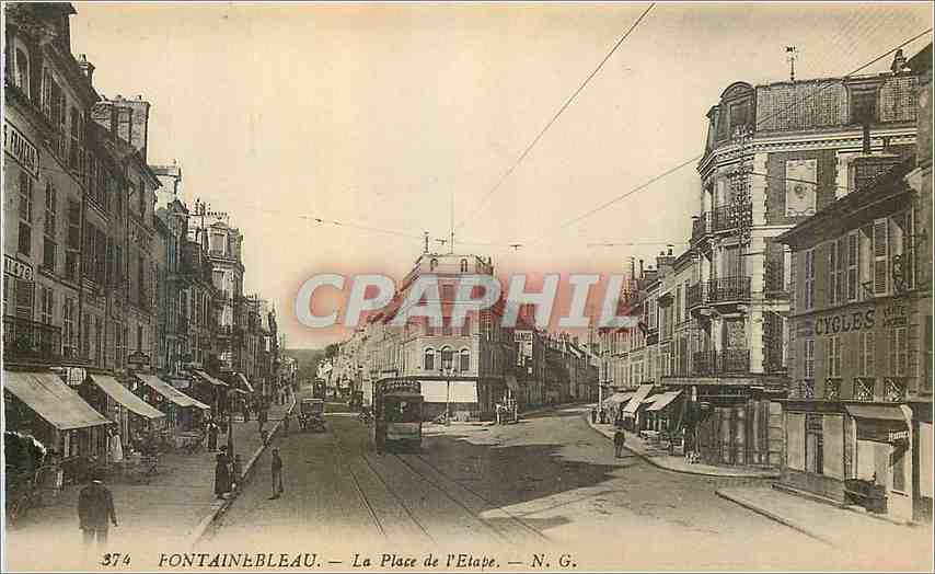 Ansichtskarte AK Fontainebleau La Place de L'Etape Tramway 0